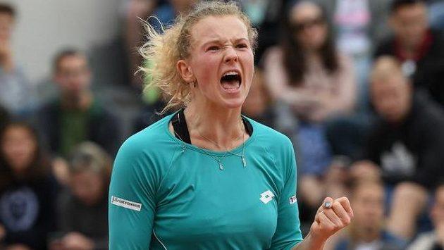 Kateřina Siniaková porazila favorizovanou Řekyni Marii Sakkariovou.