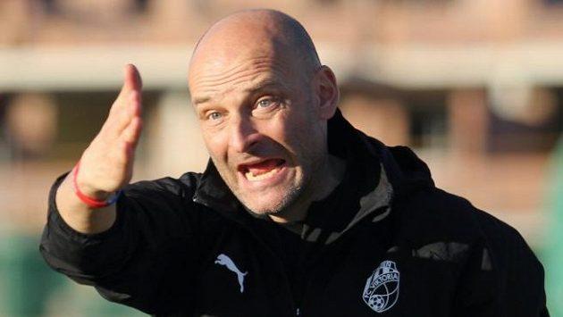 Trenér Adrian Guľa.