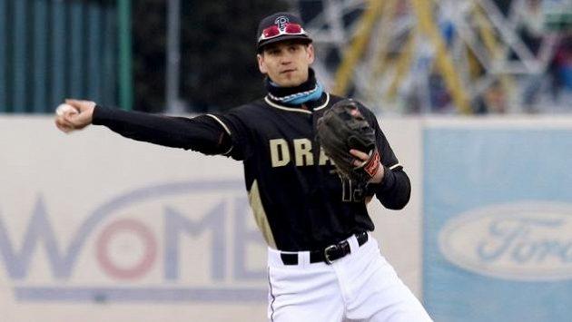 Baseballista Martin Schneider si užívá v práci adrenalinových okamžiků. Pracuje jako hasič a využívá tam prý i zkušenosti z baseballu.