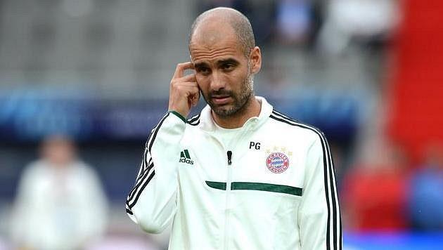 Vedení Manchesteru United tvrdí, že se v Paříži s Guardiolou nesešlo.