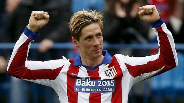 Fernando Torres z Atlétika Madrid právě otevřel skóre utkání s Getafe.