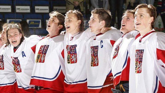 Čeští hokejisté po semifinálové výhře nad Kanadou.