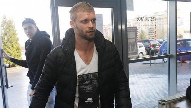 Martin Růžička bude nadále oblékat dres třineckých Ocelářů.