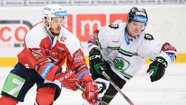 Martin Látal (vlevo) mění Pardubice za Litvínov.