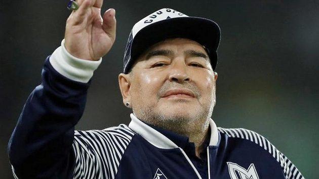 Diego Maradona byl převezen do nemocnice