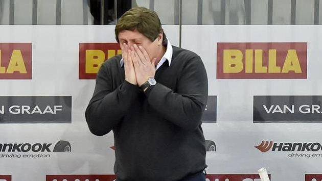 Trenér Sparty František Výborný bezprostředně po porážce ve třetím duelu předkola play off s Libercem.