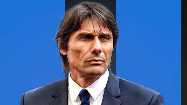 Trenér Antonio Conte.