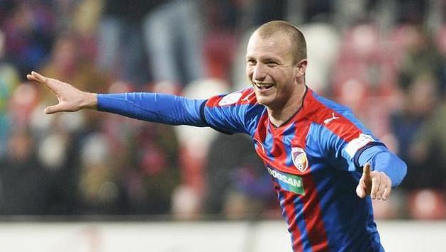 Michael Krmenčík z Plzně slaví druhý gól proti Jablonci.