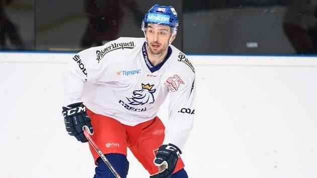 Michal Moravčík během tréninku hokejové reprezentace před utkáním s Finskem.