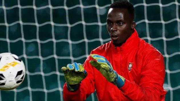 Novou posilou londýnského klubu bude senegalský reprezentant Édouard Mendy