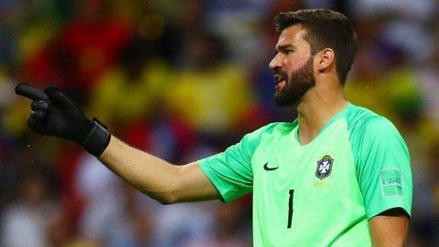 Brazilský reprezentační brankář Alisson Becker je prý v hledáčku slavného Liverpoolu.