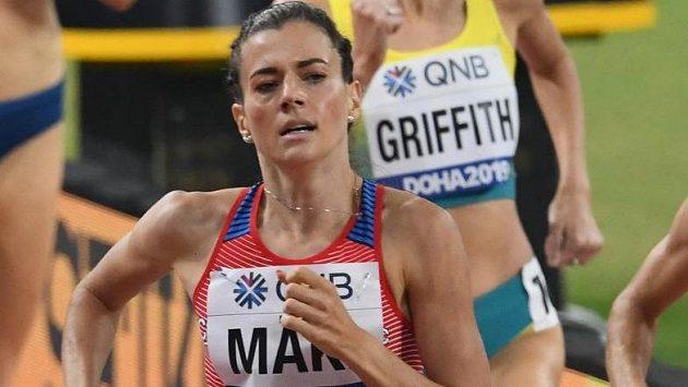Kristiina Mäki v rozběhu na 1500 m na MS v Dauhá.