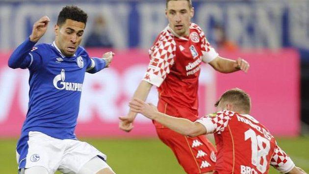 Fotbalisté posledního Schalke remizovali s Mohučí