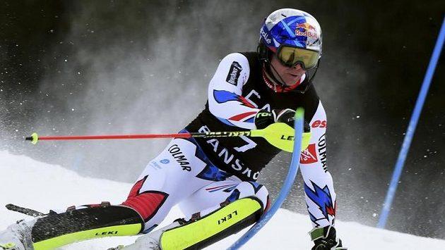 Páteční kombinační závod SP v Bansku sníh ještě nezastavil. Vyhrál ho Alexis Pinturault.