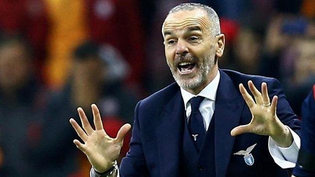 Stefano Pioli, impulsivní kouč Lazia Řím během duelu EL na půdě Galatasaray Istanbul.