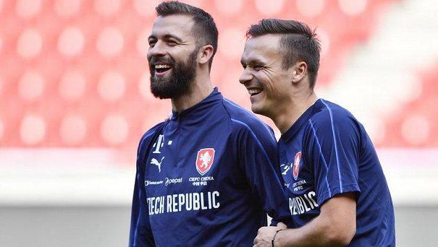 Josef Hušbauer (vlevo) a další slávista Stanislav Tecl na tréninku fotbalové reprezentace.