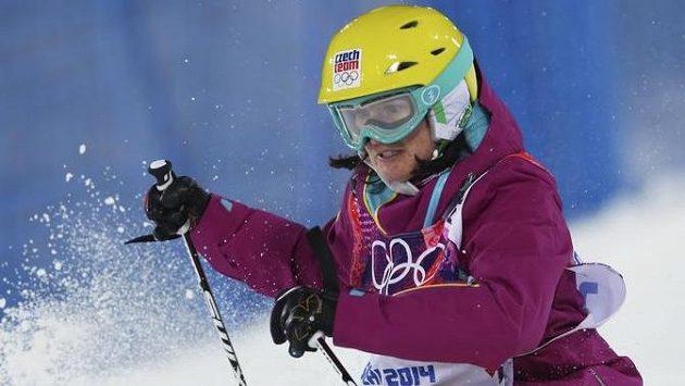Nikola Sudová na olympijské trati.