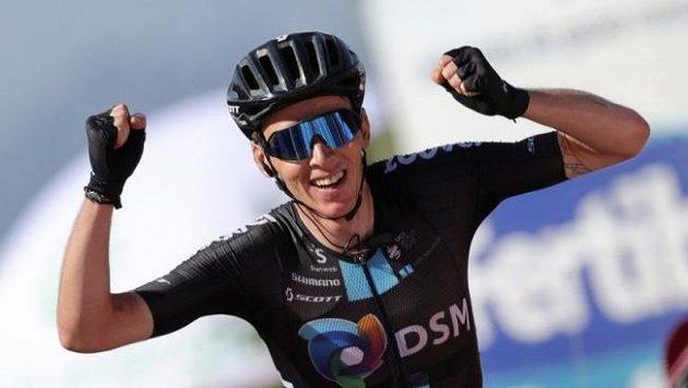 Bardet vyhrál po úniku vrchařský dojezd na Vueltě a ovládl 14. etapu
