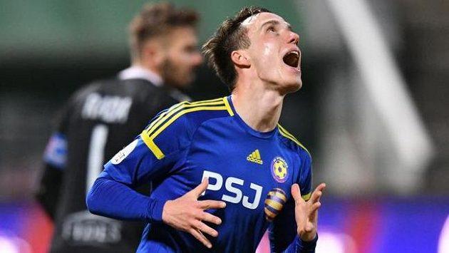 Davis Ikaunieks z Jihlavy je druhým nejproduktivnějším hráčem české ligy.