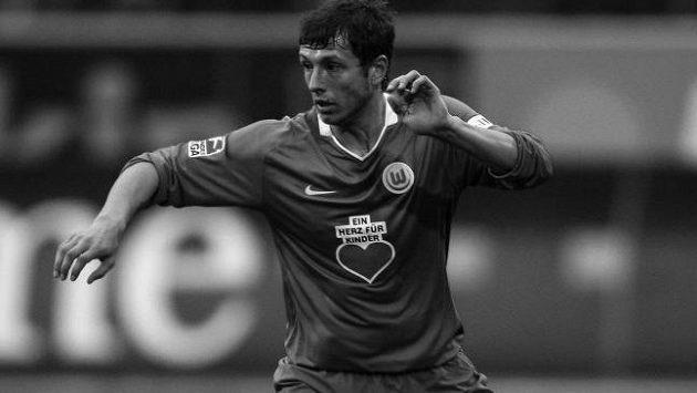 Bývalý fotbalista Wolfsburgu Sergej Karimov zemřel.