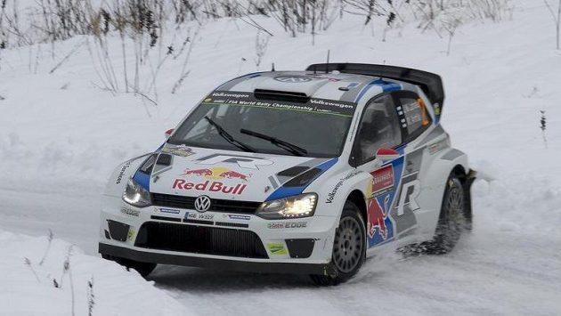 Jari-Matti Latvala na trati Švédské rallye.