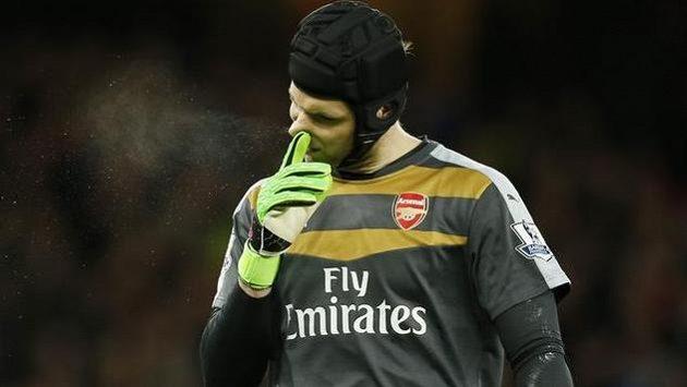 Brankář Arsenalu Petr Čech v utkání proti Southamptonu.