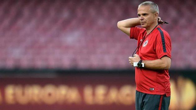 Trenér Sparty Praha Vítězslav Lavička se dočkal velkého debaklu.