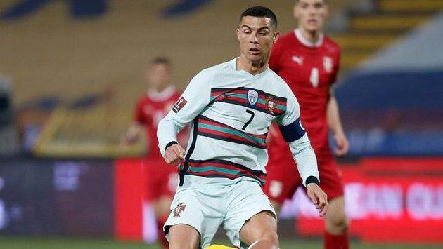 Cristiano Ronaldo během utkání Portugalska proti Srbsku