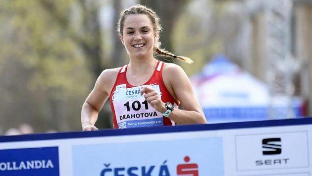 Česká závodnice Anežka Drahotová skončila patnáctá.