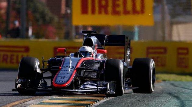 Dánský pilot Kevin Magnussen na trati Velké ceny Austrálie.