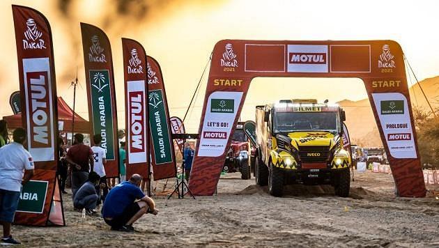 Martin Macík na startu Dakaru, ilustrační foto.