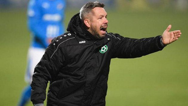 Trenér Příbrami Pavel Horváth gestikuluje během utkání 7. kola Fortuna ligy s Baníkem Ostrava.