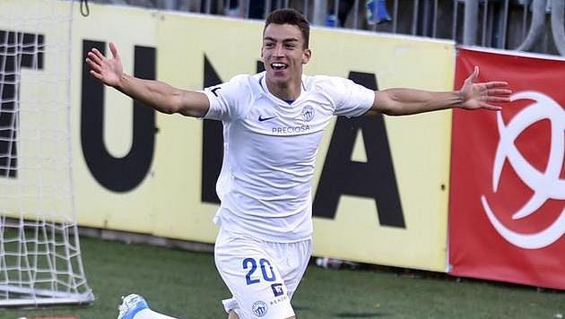 Petar Musa z Liberce se raduje z gólu.