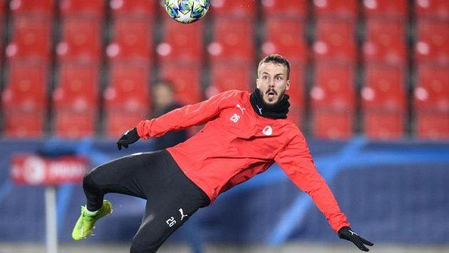 Jakub Hromada ze Slavie během tréninku před utkáním s Interem Milán. Nyní je hráčem Slovanu Liberec.
