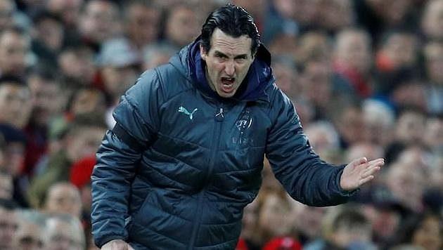 Trenér fotbalistů Arsenalu Unai Emery.