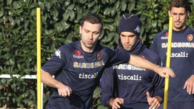 Záložník Josef Hušbauer na tréninku fotbalistů Cagliari.