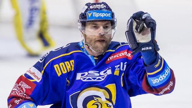 Tomáš Žižka ze Zlína chytá puk do rukavice.