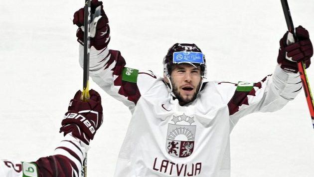 Martins Dzierkals v dresu Lotyšska na letošním MS.
