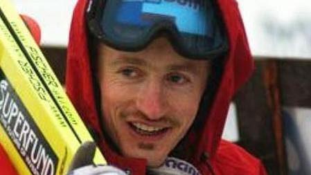 Adam Malysz ještě na skokanském můstku.