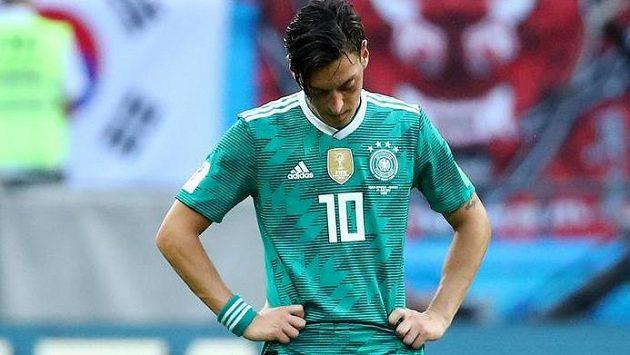 Mesut Özil neskrýval po vyřazení Německa z MS v Rusku zklamání
