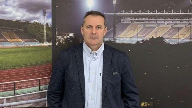 Pavel Vandas jako výkonný a sportovní ředitel fotbalistů druholigové Dukly Praha končí...