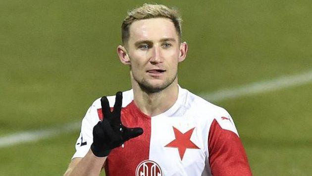 Jan Kuchta ze Slavie se raduje z gólu.