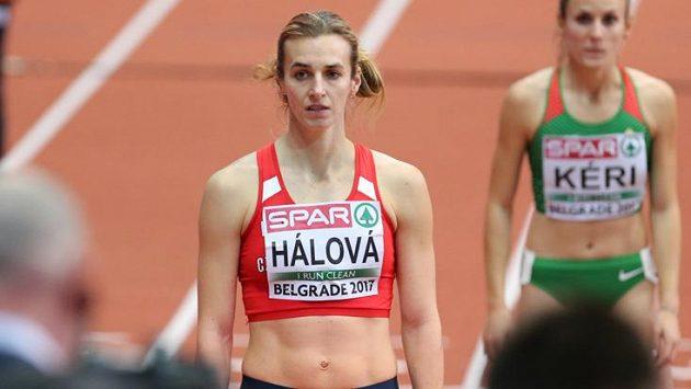 Kateřina Hálová na startu rozběhu osmistovky v Bělehradě.