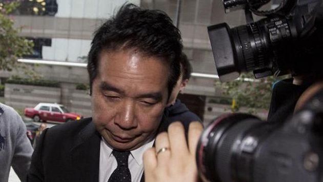 Spolumajitel Birminghamu Carson Yeung půjde za mříže.