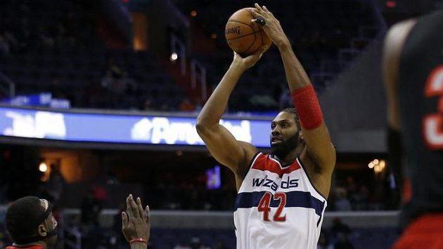 Basketbalista Washingtonu Nene