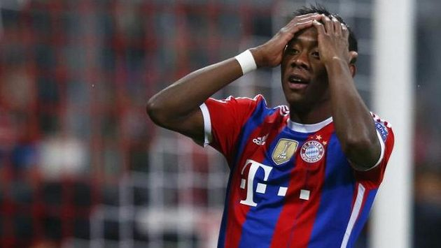 David Alaba si v zápase Ligy mistrů s AS Řím poranil koleno a čeká ho několikatýdenní pauza.