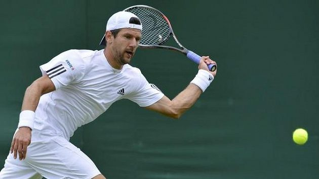 Rakušan Jürgen Melzer postoupil ve Wimbledonu už do osmifinále.