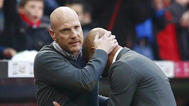 Sportovní ředitel Bayernu Matthias Sammer (vlevo) a trenér Pep Guardiola.