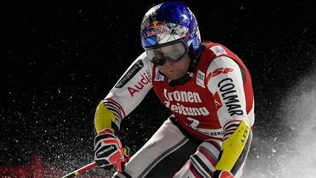 Alexis Pinturault vyhrál paralelní obří slalom SP