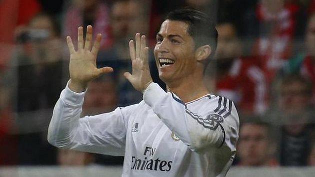 Ronaldo dnes večer nastoupí a chce pro Real desátý triumf v Lize mistrů.